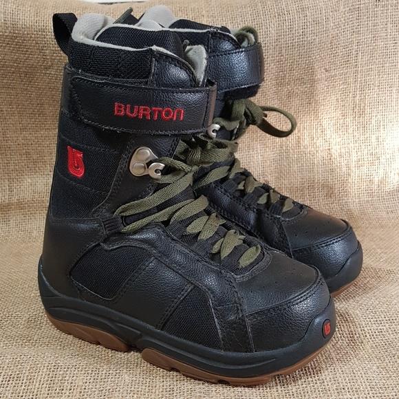 Snowboard Burton 1Poshmark Boots Boots Boots ShoesFreestyle Burton Snowboard Burton Snowboard 1Poshmark ShoesFreestyle ShoesFreestyle QderWCxBo
